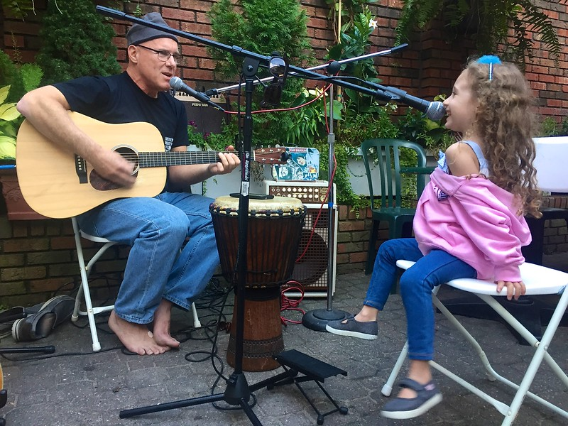 """The """"OPEN JAM SESSION"""" , with host Jeff Gravatte , has been a big success on Saturday Nights!  SEAN KELLEY ART sponsors the music!"""