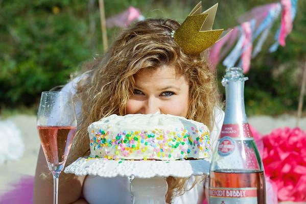 Jen's 30th Birthday Cake Smash