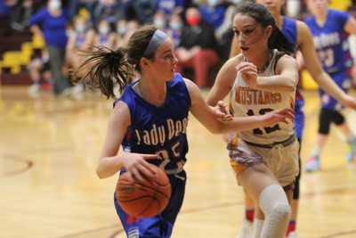 Albia at Davis County girls and boys basketball 2021