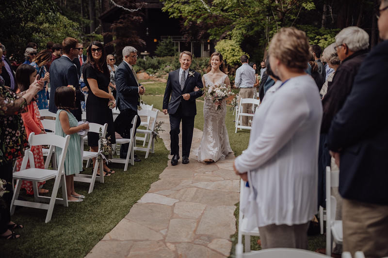 2018-05-12_ROEDER_JulieSeth_Wedding_ROEDER1_0108.jpg