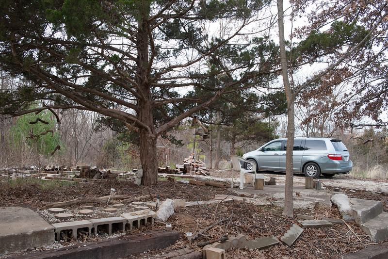 Sitting area under the master cedar