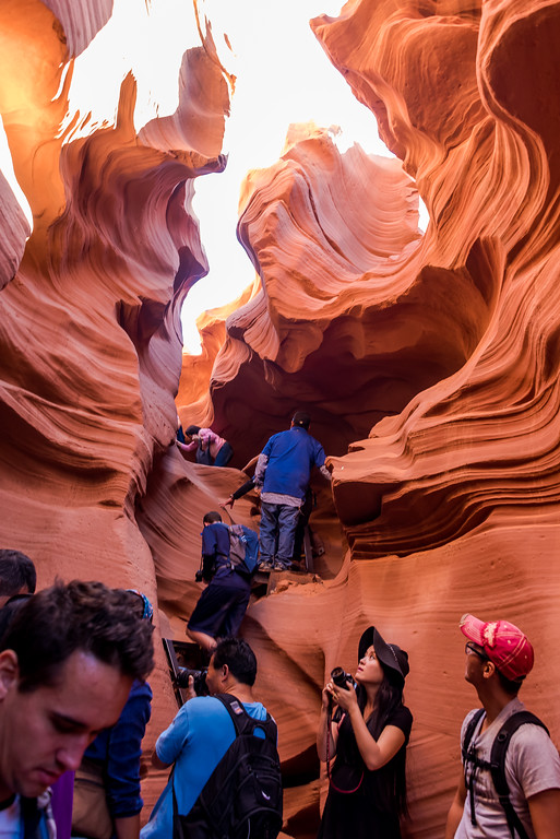 photographing antelope canyon