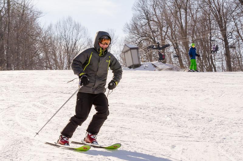 Slopes_1-17-15_Snow-Trails-73649.jpg
