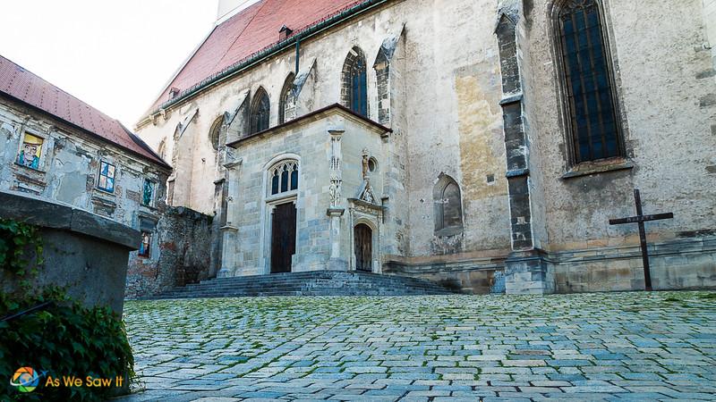Bratislava-08162.jpg