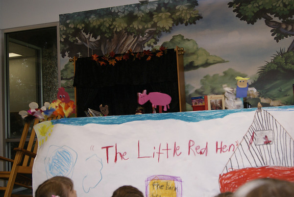 "First Grade Puppet Show ""Little Red Hen"" 2011"