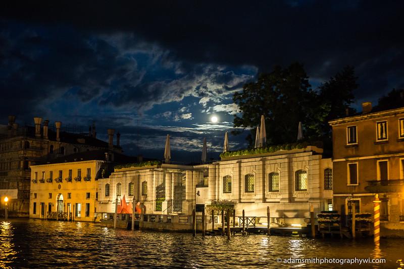 Venice_Italy_Night-1.JPG