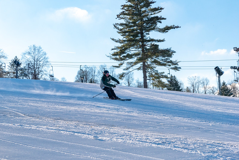 Opening-Day_12-7-18_Snow-Trails-70619.jpg