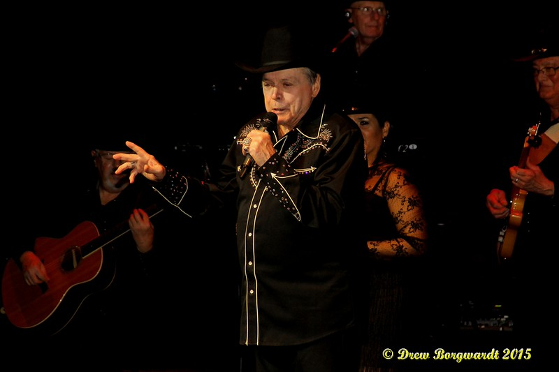 Mickey Gilley at Shoctor Theatre 172