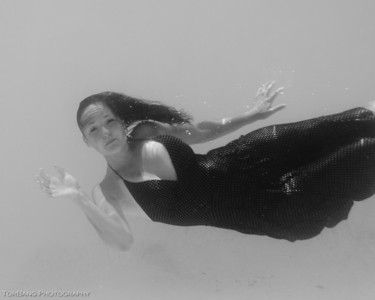 Melanie Underwater