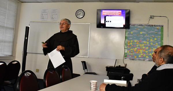 12-07-2019  Reunion de Proclamadores de la Palabra: Presentacion por el Prof. Martín Carbajo Nuñez  La vida familiar y la vida consagrada hoy: desafios comunes y lidreazgo