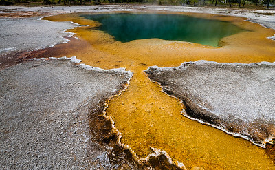 Hot Springs (Yellowstone NP)