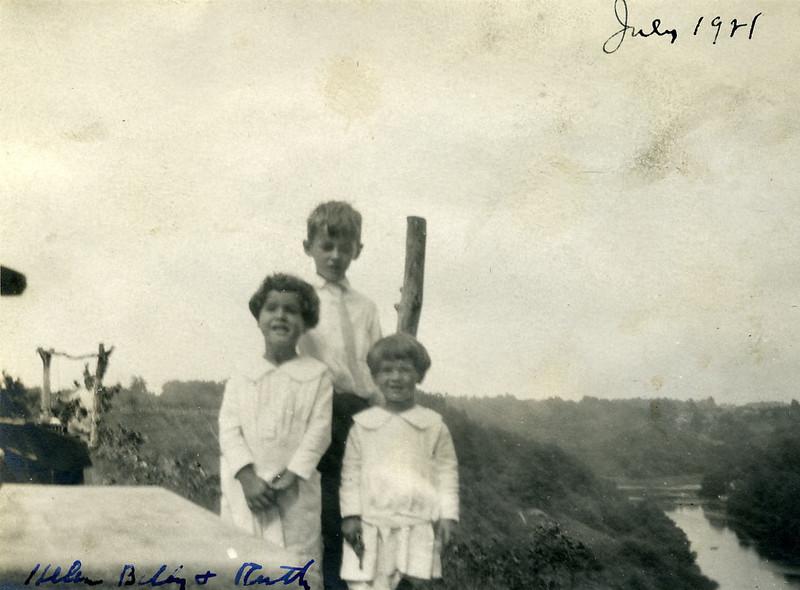 Helen, Billly, Ruth0031.jpg