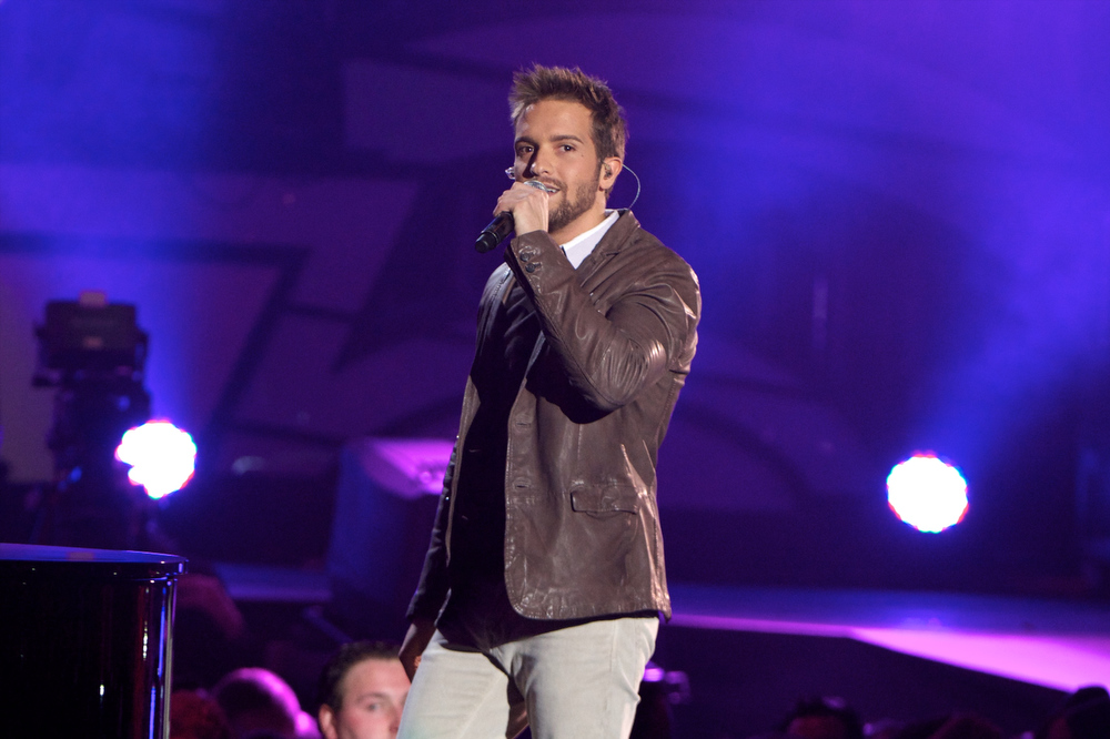 "Description of . Pablo Alboran performs on stage during ""40 Principales Awards\"" 2012 at Palacio de los Deportes on January 24, 2013 in Madrid, Spain.  (Photo by Carlos Alvarez/Getty Images)"