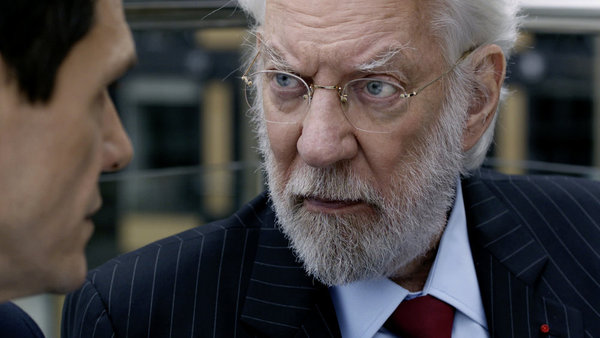 """. CROSSING LINES -- \""""Pilot - Part I\"""" Episode 101 -- Pictured: Donald Sutherland as Dorn -- (Photo by: Etienne Chognard/Tandem)"""