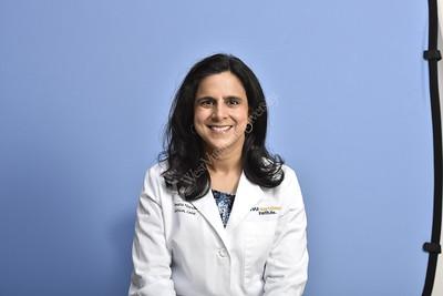 34320 Dr Veena Nandwan Portrait Feb 2018