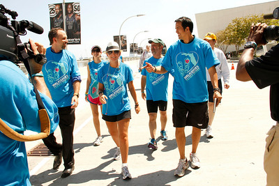 """03-25-11 """"Walk In My Shoes"""" Downtown Miami by Omar Vega"""