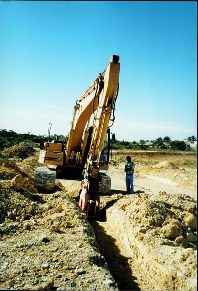 NPK C6C compactor on excavator-trenching (2).JPG