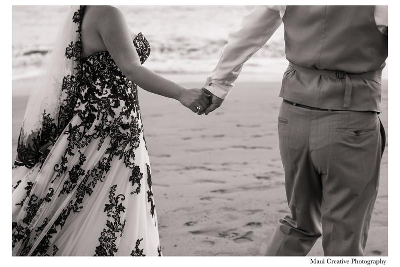 Maui-Creative-Destination-Wedding-0231.jpg