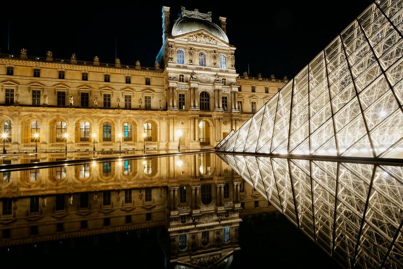 The Pyramid Reflection F7823.jpg