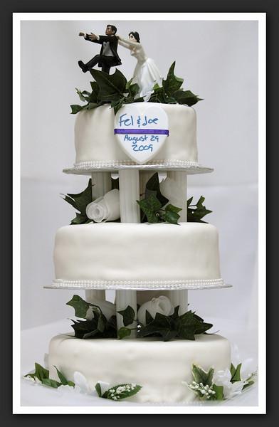 The Cake, the settings ... and stuff 2009 08-29 020 .jpg