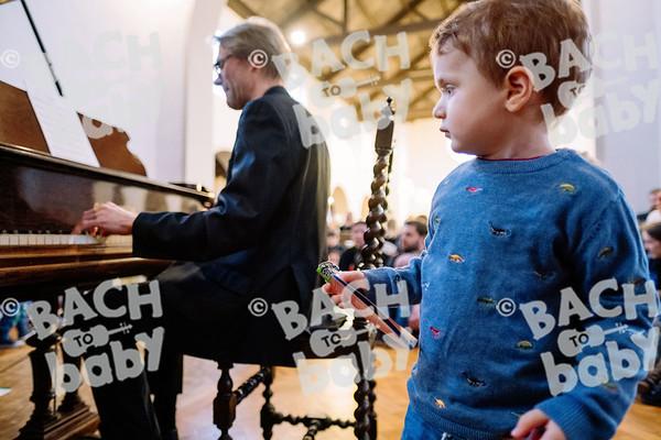 © Bach to Baby 2019_Alejandro Tamagno_Teddington_2019-12-15 007.jpg