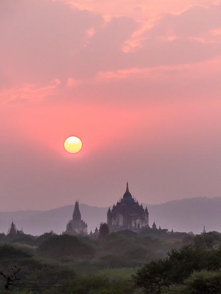 Myanmar Bagan Temples_P1170043.jpg