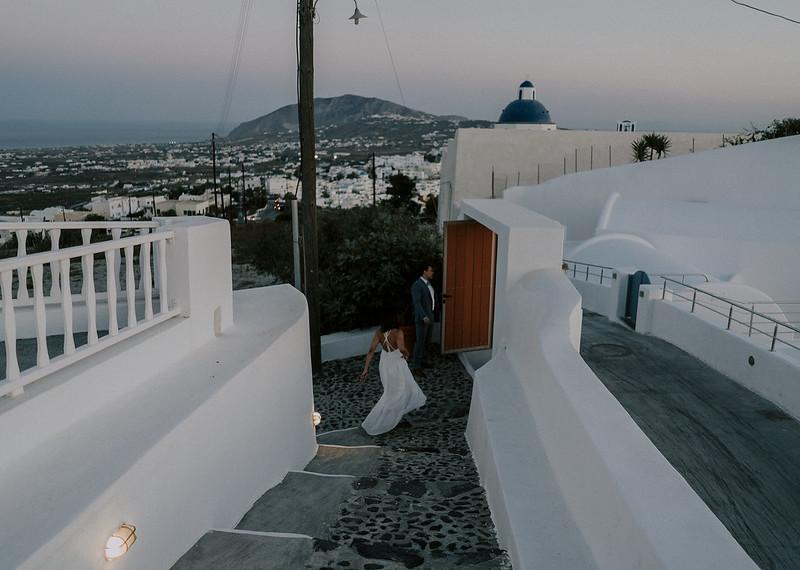 Tu-Nguyen-Destination-Wedding-Photographer-Santorini-Elopement-Alex-Diana-172.jpg