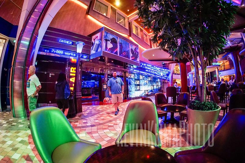CruiseOasis30.jpg