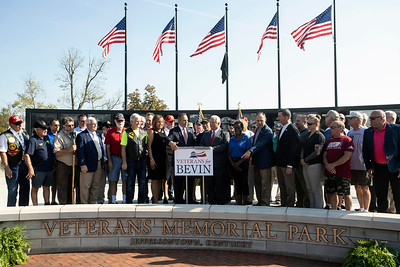 #2440/2441 KY Governor Matt Bevin w/Vets in J-Town, 10/1/19