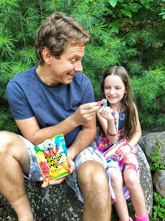 So many exciting things for August, including sweepstakes! And the best places on our August bucket list to snack 'n share together. #ad #SnackNShare #IC