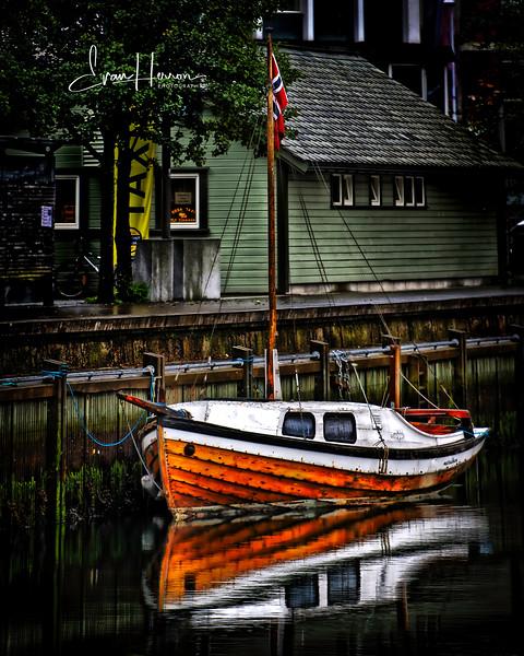 Boat 5 lg.jpg