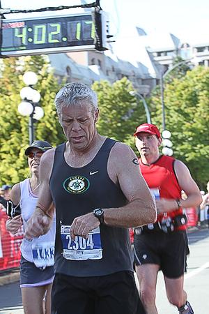 20101010.ml.victoriamarathon-831