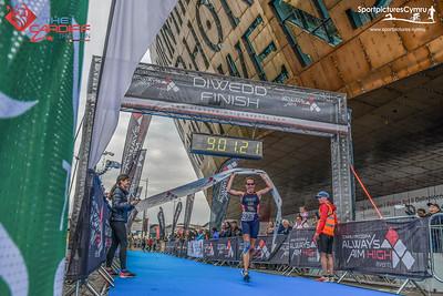 Cardiff Triathlon - Finish Pictures - Millenium Background
