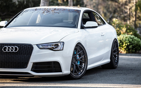 Audi RS5 | White | ADV.1 Wheels