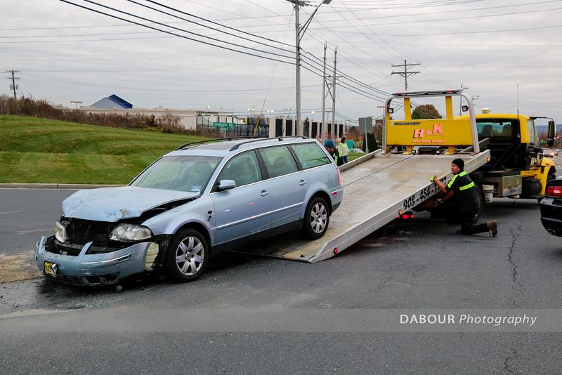 2 Car MVA Greenwich and Dumont Sreets November 9, 2015