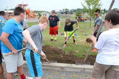 East Snyder Park Cleanup
