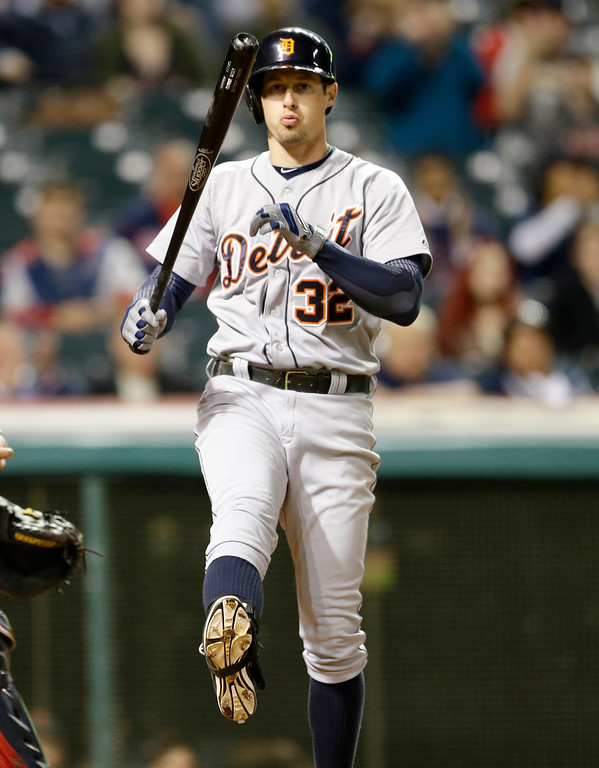 . Detroit Tigers\' Don Kelly reacts after striking out against Bryan Shaw in the seventh inning of a baseball game, Monday, May 19, 2014, in Cleveland. (AP Photo/Tony Dejak)