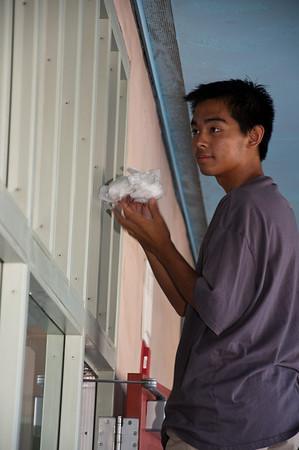 EastLake Serves: Ocean View Hills School Clean Up August 21, 2010