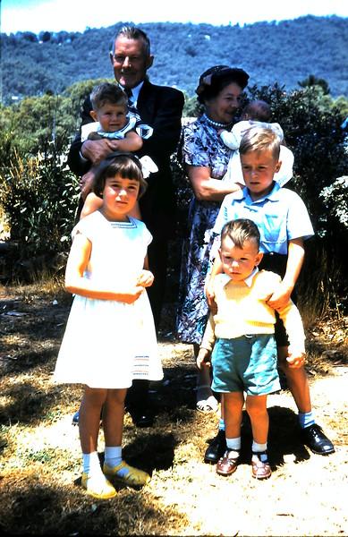 1961-1-15 (20) Uncle Bill, Auntie Em with Russell, Dianne & Gary Taylor & Geoffrey & Helen Ebbs.JPG