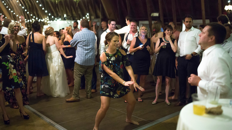 Garrett & Lisa Wedding (923).jpg