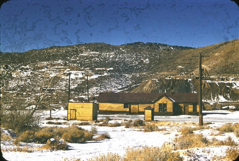 vic_drgw-eureka-depot-4_25-nov-1955.jpg