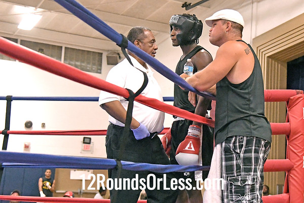 Bout #3:  Sulaiman Sy, Red Gloves, Pilgers Old School B.A., Columbus,   vs.   Kelley Bilinger, Blue Gloves, Bare Knuckle B.C., Brimfield, OH  -  160 Lbs.