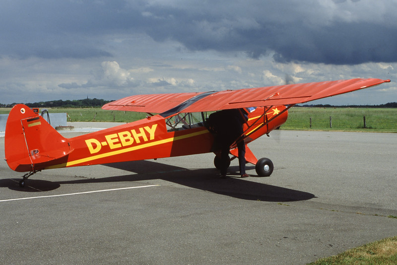 D-EBHY-PiperPA-18-95SuperCub-Private-EDXO-2000-05-21-HL-33-KBVPCollection.jpg
