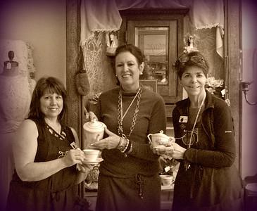 Lorna & Lynne visit Magpie Antiques