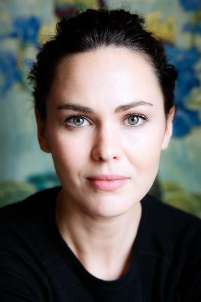 Caroline O'Hara Portraits 8.10.16 (lo-res)--25.jpg