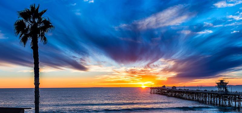 Sunset San Clemente Pier - 20160101.jpg