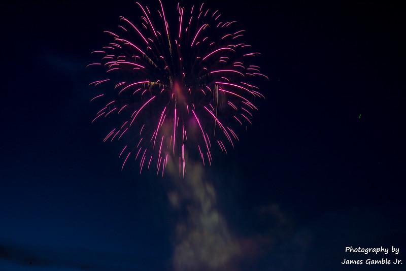 Fourth-of-July-Fireworks-2016-0327.jpg