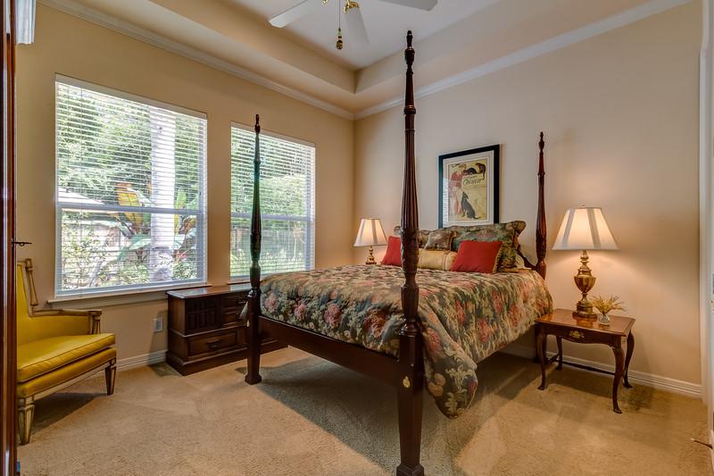 Bedroom 2 / Guest Suite