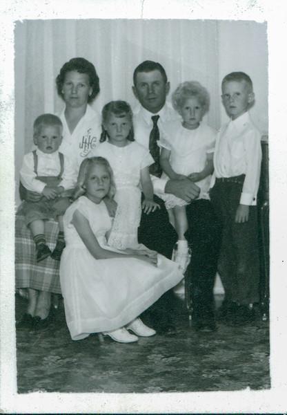Aline age 3, Georgia age 7, Vivian age 4, Garth age , Dorothy age 9, Ashley Bee