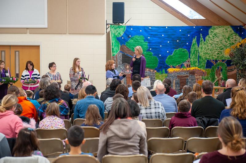 20191209 Faith Children Advent Family Gathering-7962.jpg